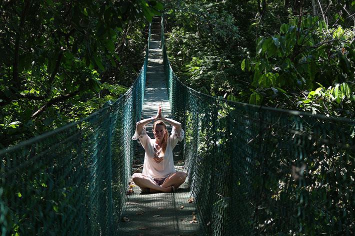 Hanging-bridges-Montezuma