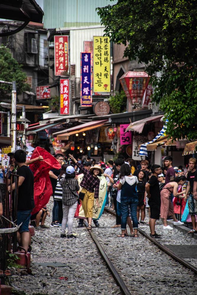 Shifen Old Street – vår tågresa genom norra Taiwan fortsätter