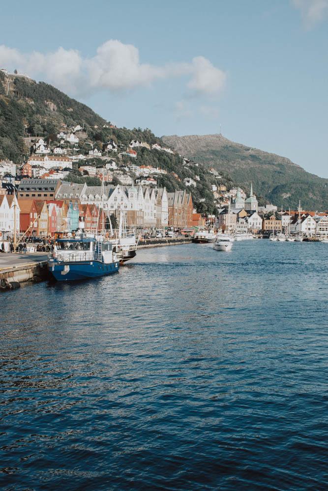 Bergen – Ett stort matäventyr mellan fjordar och fjäll