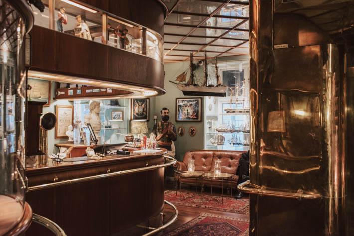 Victory Hotel i Gamla stan – sjökaptener, skepp & fantastiska historier